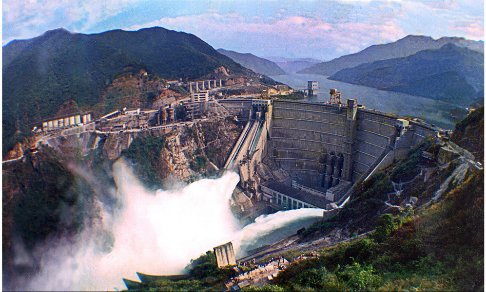 东江湖,东江大坝