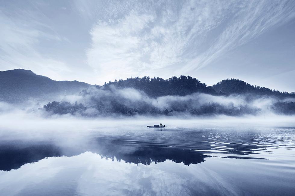 小东江的雾